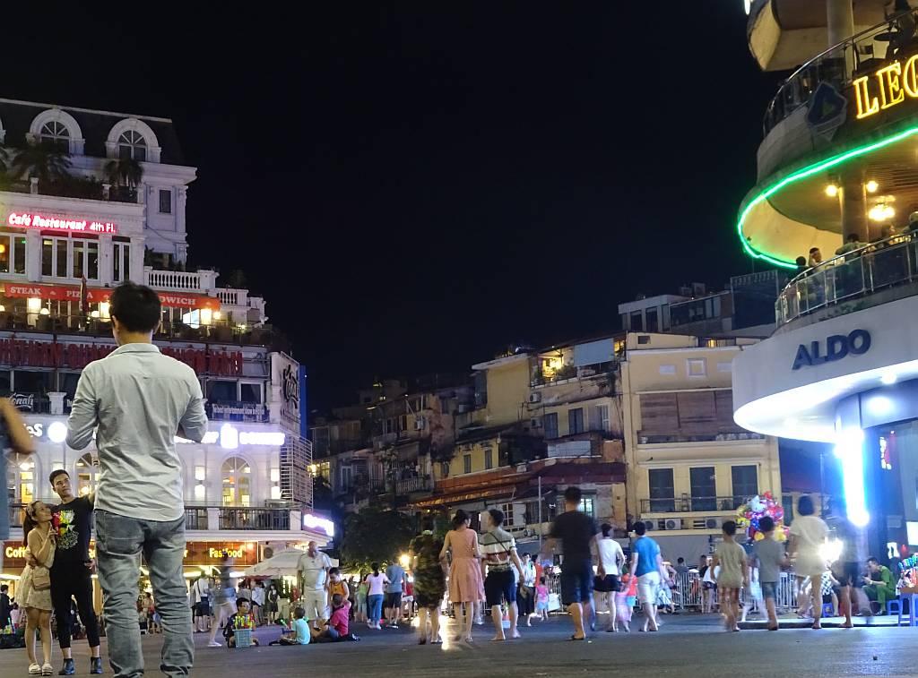 Kreuzung Hoan Kiem Lake Hanoi