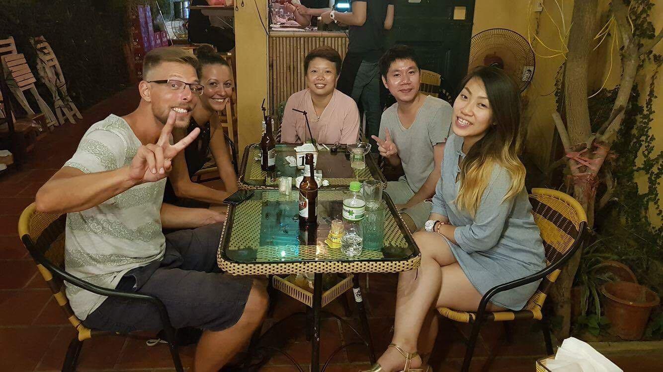 Treffen mit Freunden Westlake Hanoi